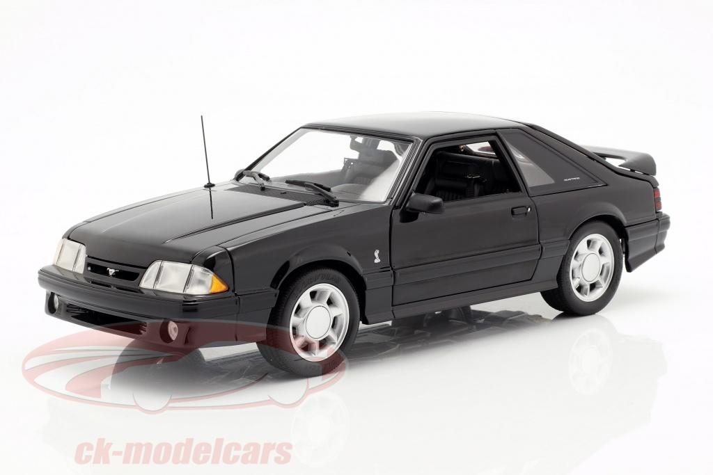 gmp-1-18-ford-mustang-cobra-opfrselsr-1993-sort-18921/