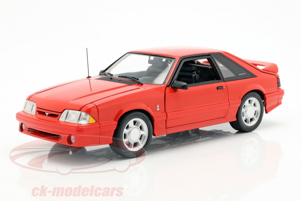 gmp-1-18-ford-mustang-cobra-baujahr-1993-rot-18922/