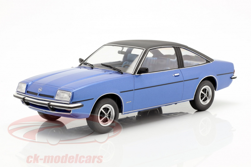modelcar-group-1-18-opel-manta-b-berlinetta-year-1975-blue-metallic-mcg18107/
