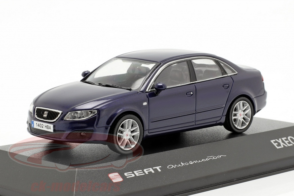 seat-1-43-exeo-limousine-ada-blue-metallic-seat04/