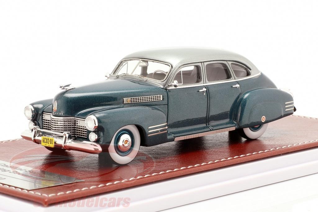 great-iconic-models-1-43-cadillac-series-63-touring-sedan-1941-ozeanblau-metallic-gim020a/