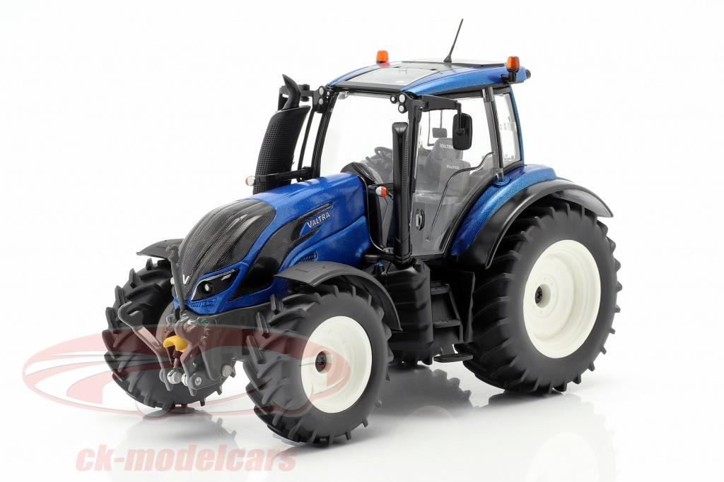 wiking-1-32-valtra-t214-traktor-bl-metallisk-sort-077814/