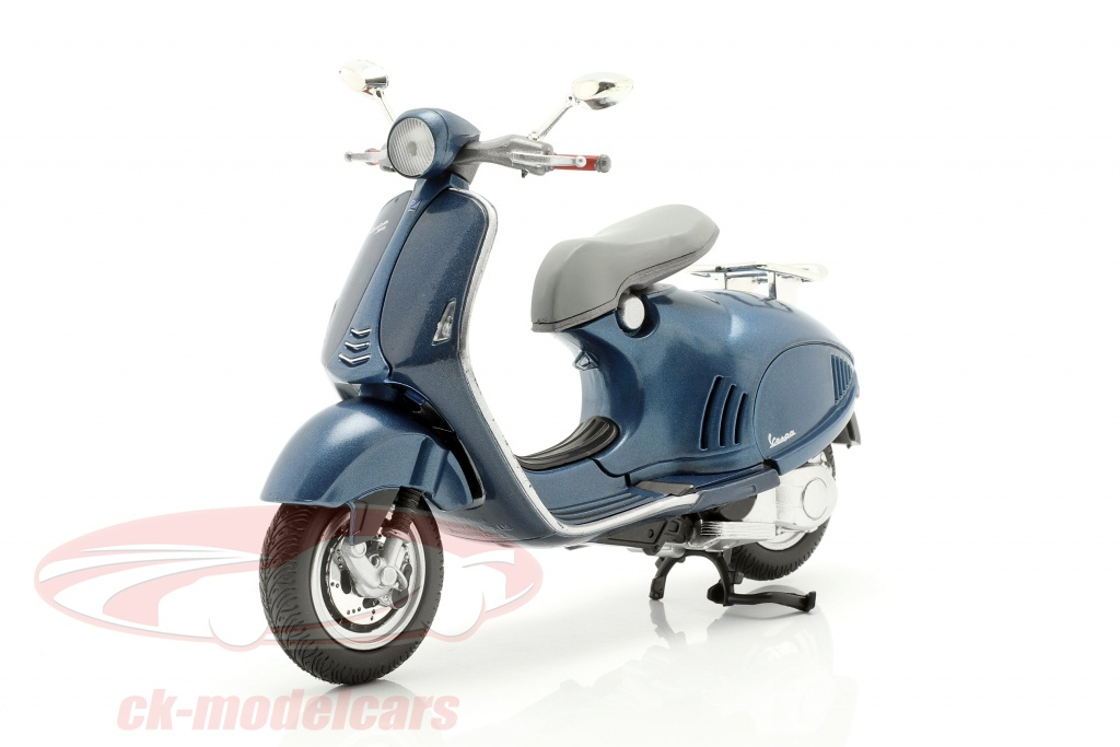 newray-1-12-vespa-946-blue-57613b/