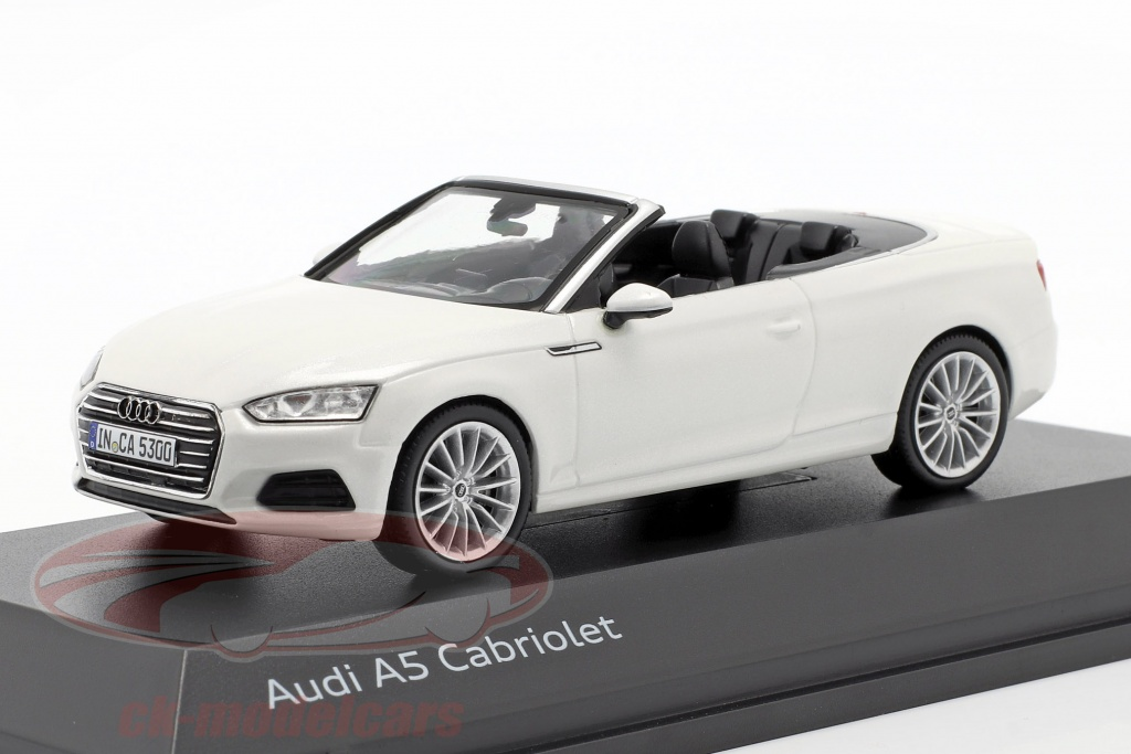 spark-1-43-audi-a5-cabriolet-year-2017-tofana-white-5011705332/
