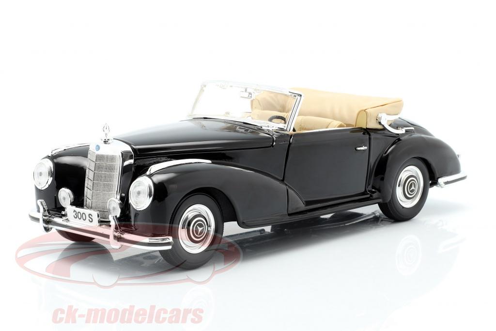 maisto-1-18-mercedes-benz-300s-year-1955-black-31806/