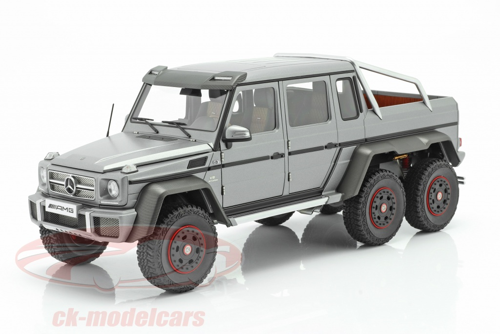 autoart-1-18-mercedes-benz-g63-amg-6x6-annee-de-construction-2013-designo-platinum-magno-76308/