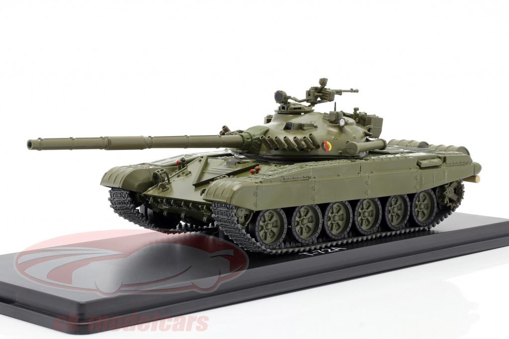 premium-classixxs-1-43-t-72a-nva-tank-dark-olive-pcl47102/