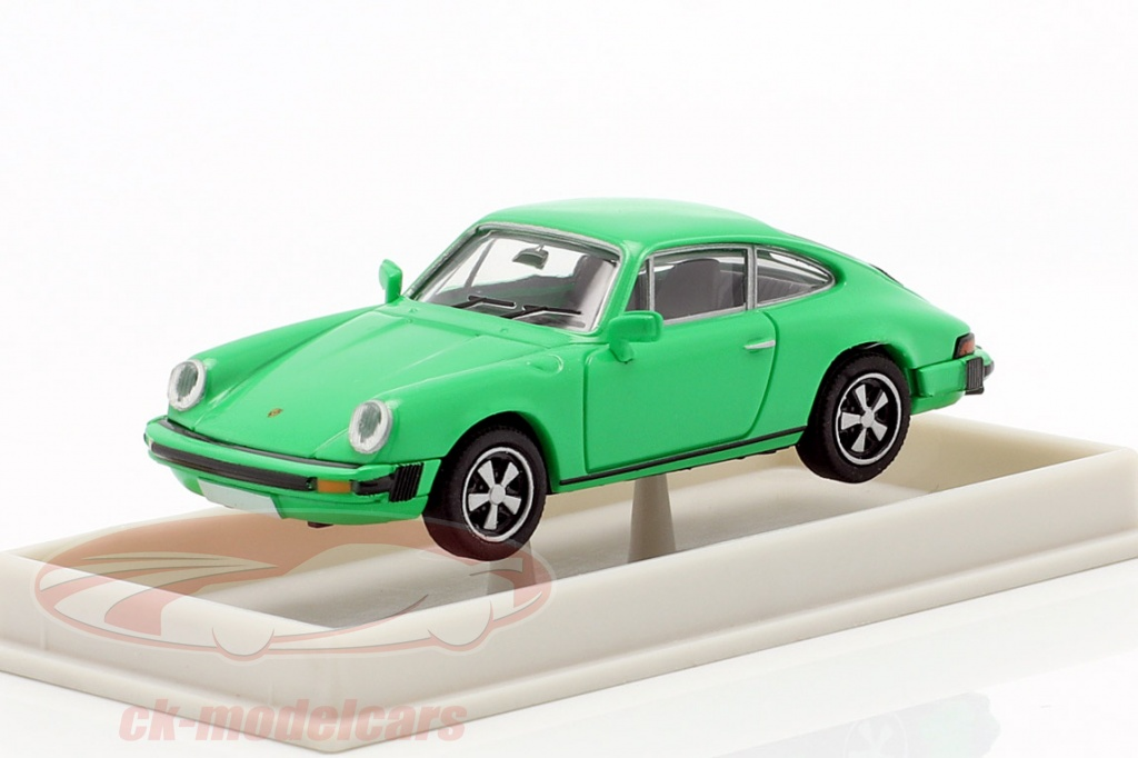 brekina-1-87-porsche-911-coupe-g-serie-1974-groen-16305/