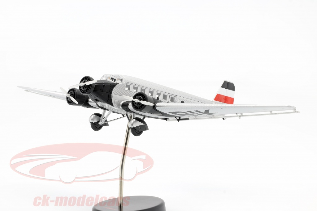 schuco-1-72-junkers-ju52-3m-aviao-1932-52-m-von-richthofen-prateado-preto-403551800/