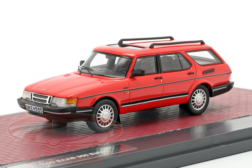 matrix-1-43-saab-900-safari-annee-de-construction-1990-rouge-mx41801-031/