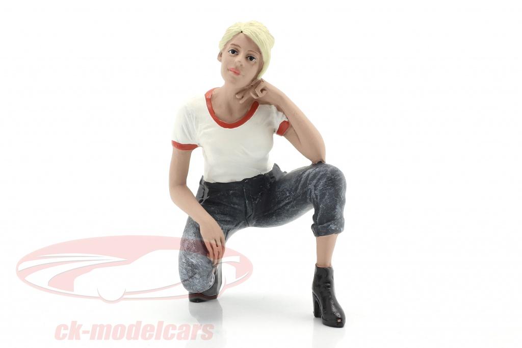 american-diorama-1-18-car-girl-michelle-figura-ad38237/