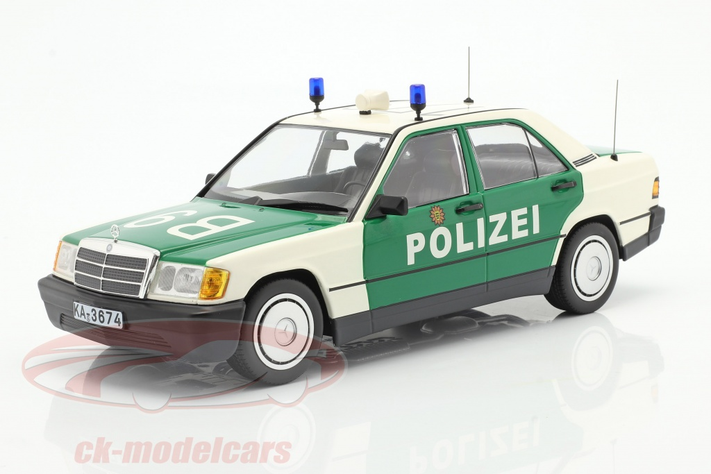 minichamps-1-18-mercedes-benz-190e-w201-polica-ano-de-construccion-1982-verde-blanco-155037090/