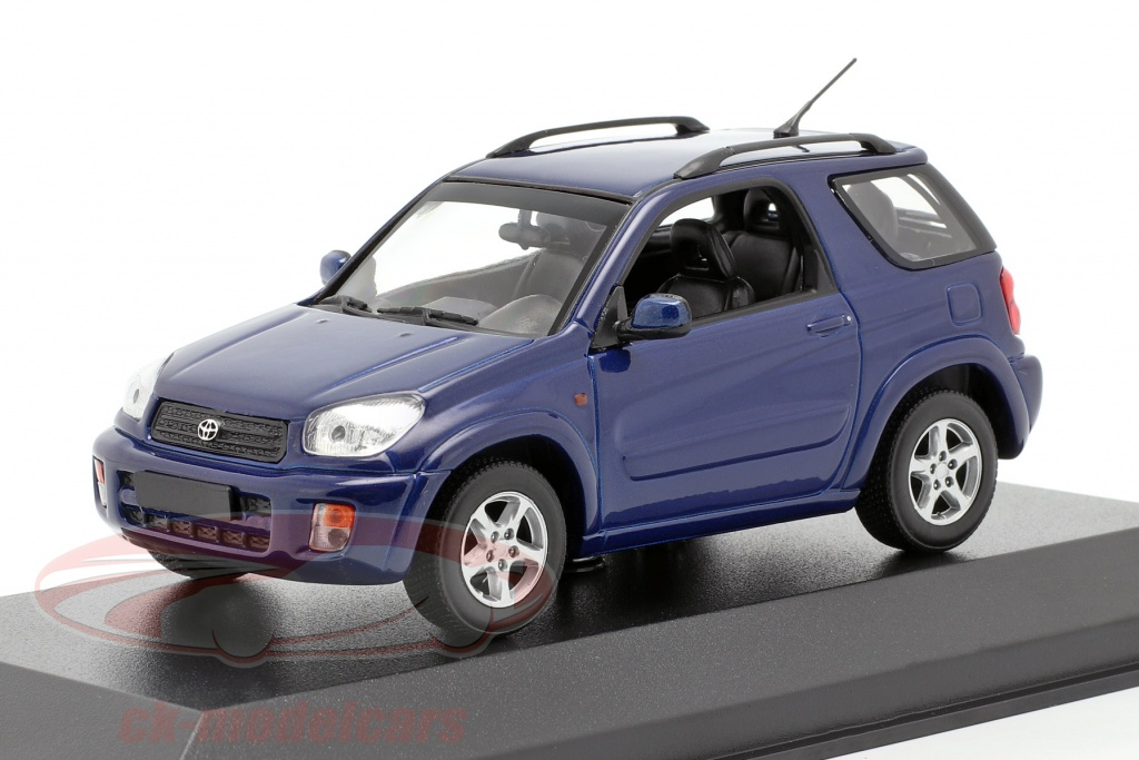 minichamps-1-43-toyota-rav4-anno-di-costruzione-2000-blu-scuro-metallico-940166000/