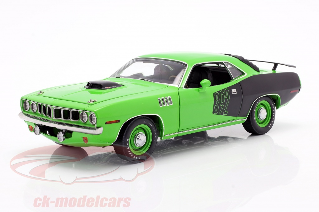 highway-61-collectibles-1-18-plymouth-cuda-392-hemi-sema-tv-serier-graveyard-carz-2012-grn-highway61-hwy-18017/
