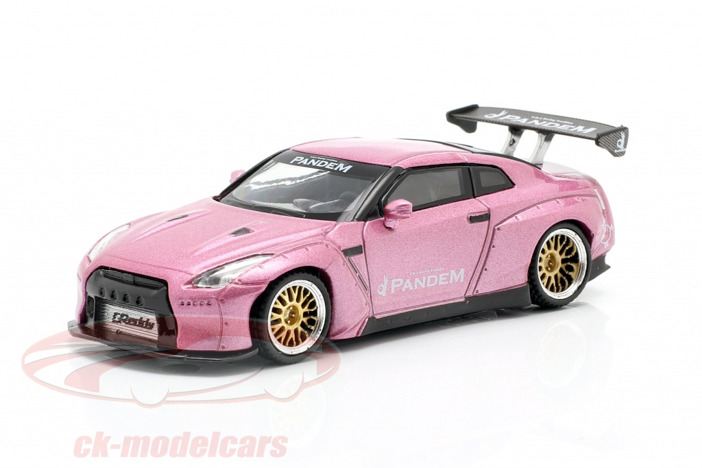 true-scale-1-64-pandem-nissan-gt-r-r35-gt-wing-lhd-pasion-rosado-mgt00123-l/