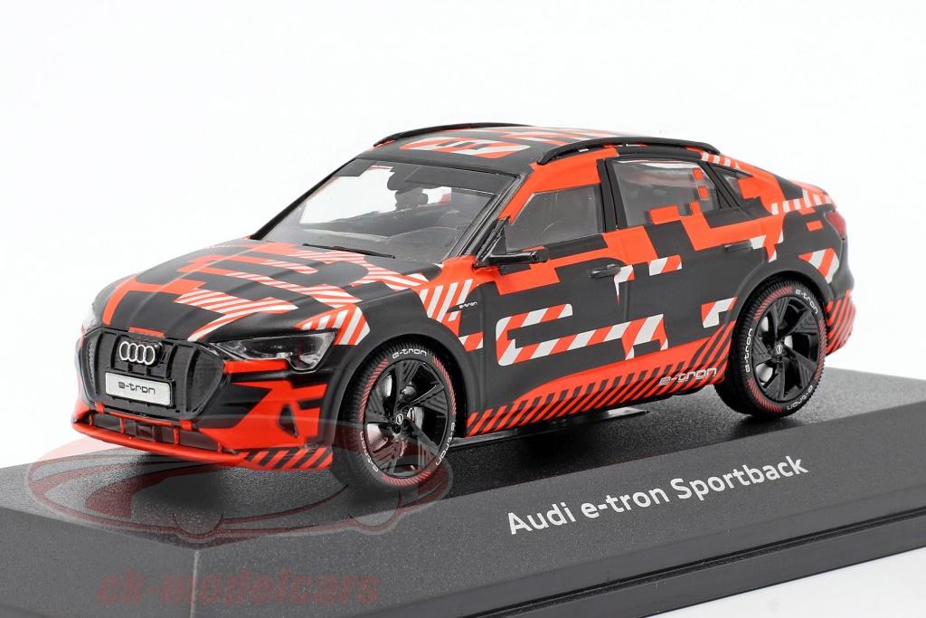 iscale-1-43-audi-e-tron-sportback-prototype-schwarz-rot-5012020033/