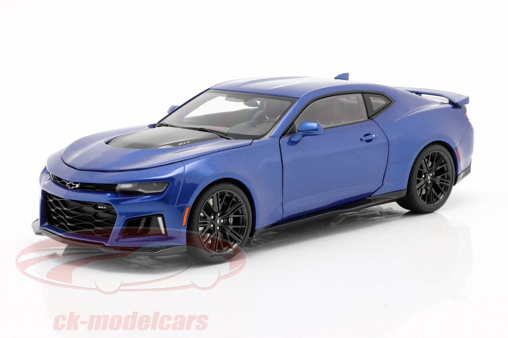 autoart-1-18-chevrolet-camaro-zl1-year-2017-hyper-blue-metallic-71209/