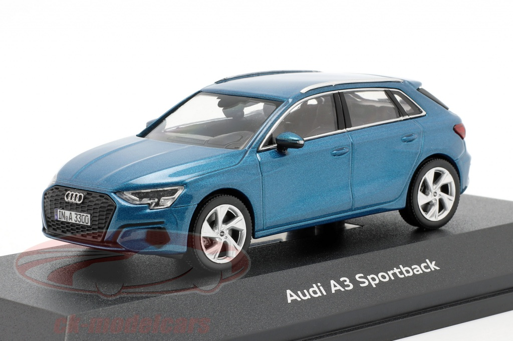 iscale-1-43-audi-a3-sportback-ano-2020-atol-azul-5011903031/