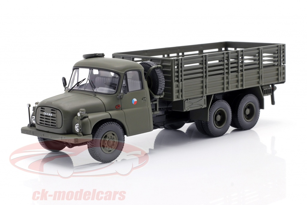 schuco-1-43-tatra-t148-firhjulstrkker-militr-cssr-oliven-grn-450375800/