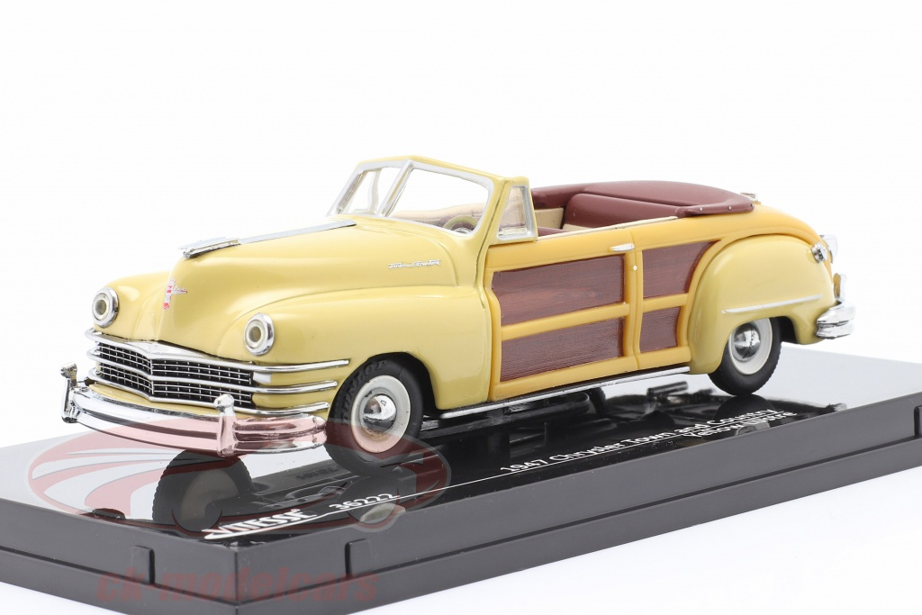 vitesse-1-43-chrysler-town-and-country-year-1947-yellow-luster-36222/