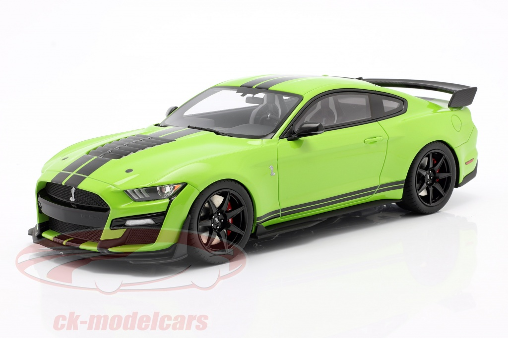 gt-spirit-1-18-ford-shelby-gt500-coupe-ano-de-construccion-2020-grabber-lime-gt803/
