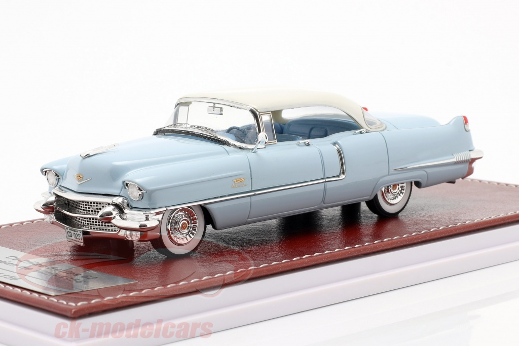great-iconic-models-1-43-cadillac-series-62-sedan-de-ville-1956-lys-bl-hvid-gim023a/