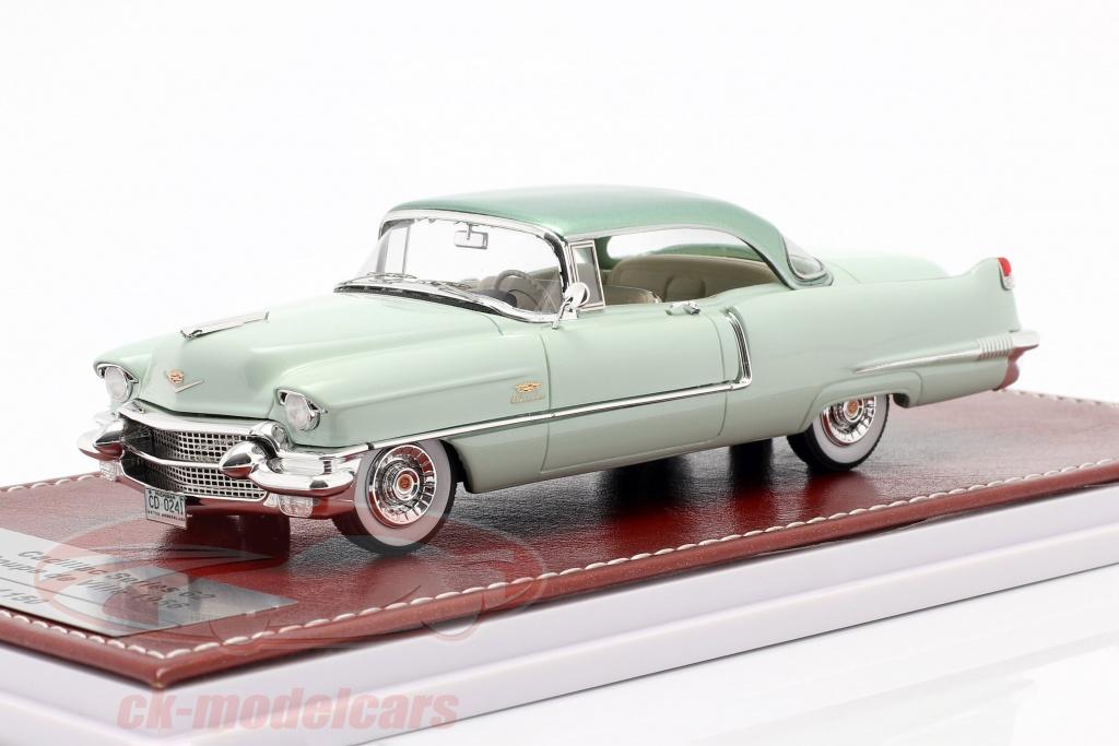 great-iconic-models-1-43-cadillac-series-62-sedan-de-ville-1956-light-green-gim024a/