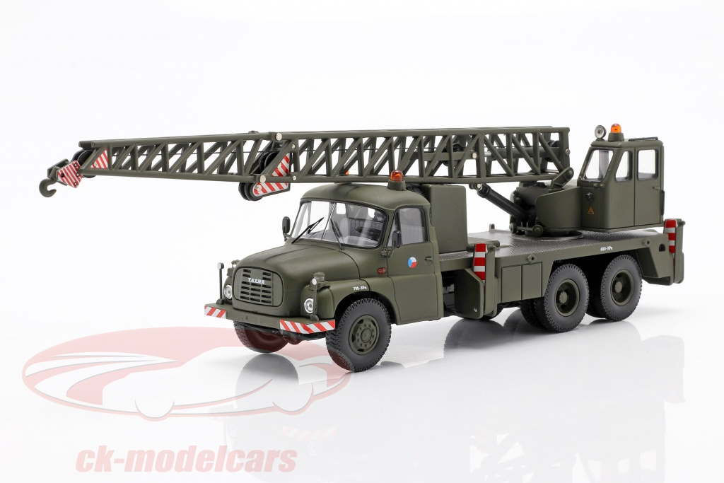 schuco-1-43-tatra-t148-crane-truck-military-cssr-dark-olive-450376100/
