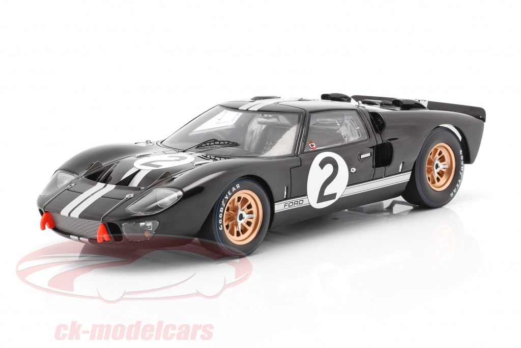 spark-1-18-ford-gt40-mk-ii-no2-winner-24h-lemans-1966-mclaren-amon-18lm66/