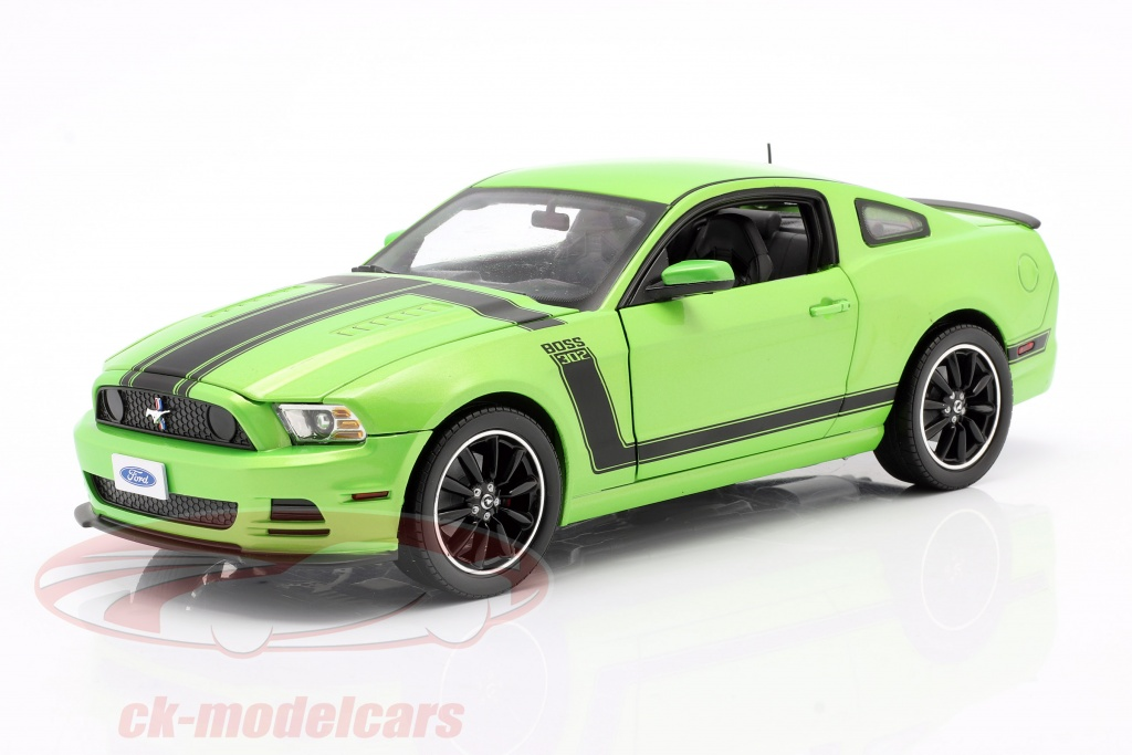shelby-collectibles-1-18-ford-mustang-boss-302-year-2013-green-shelby453/