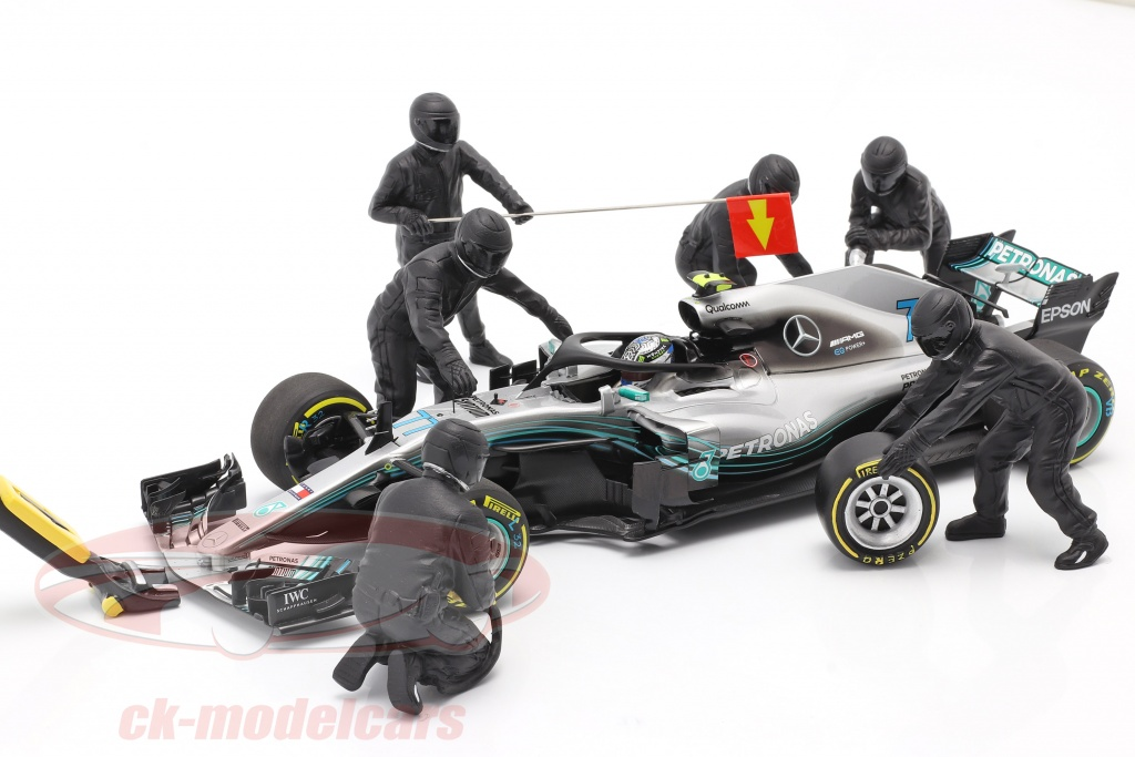 formula-1-pit-crew-characters-set-no1-team-black-1-18-american-diorama-ad76551/