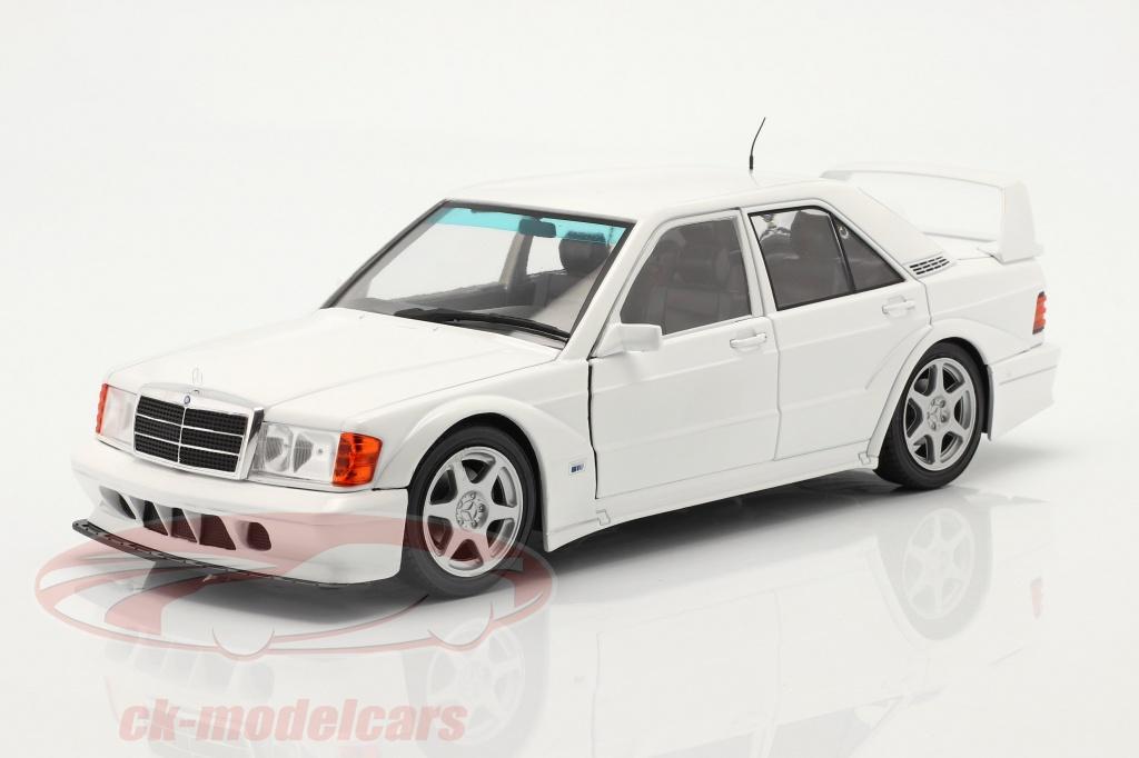 solido-1-18-mercedes-benz-190e-evo-2-bygger-1990-hvid-s1801007/