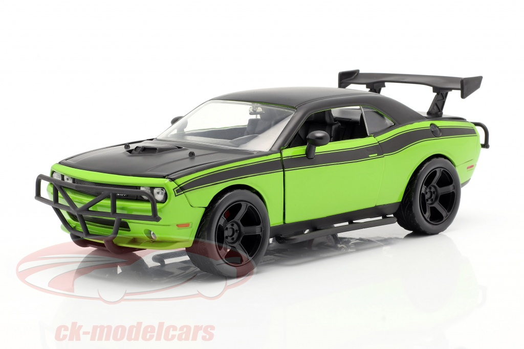 jadatoys-1-24-dodge-challenger-srt8-movie-fast-and-furious-7-2015-97131/