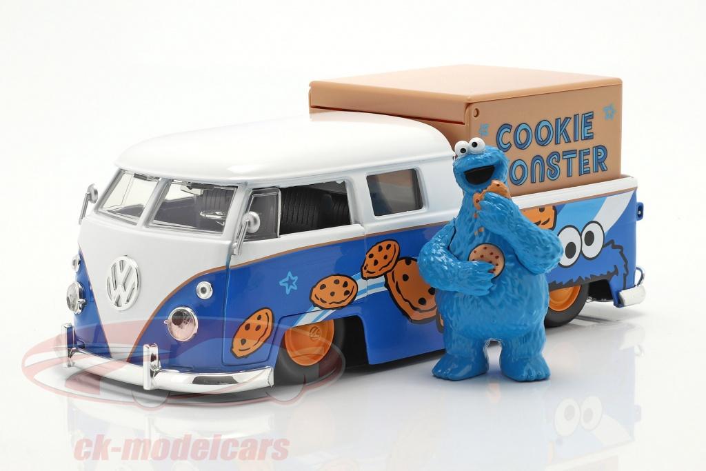 jadatoys-1-24-volkswagen-vw-bus-pickup-1963-with-sesame-street-figure-cookie-monster-31751/