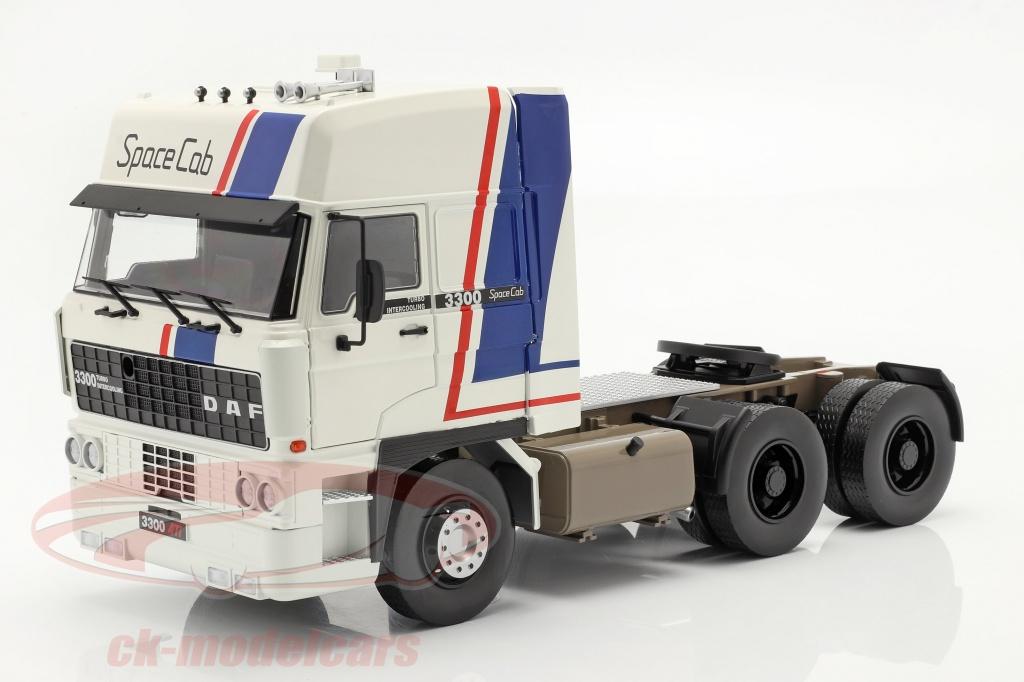 road-kings-1-18-daf-3300-spacecab-un-camion-annee-de-construction-1982-blanc-bleu-rouge-rk180091/
