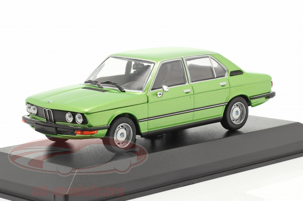 minichamps-1-43-bmw-520-bouwjaar-1974-groen-metalen-940023004/