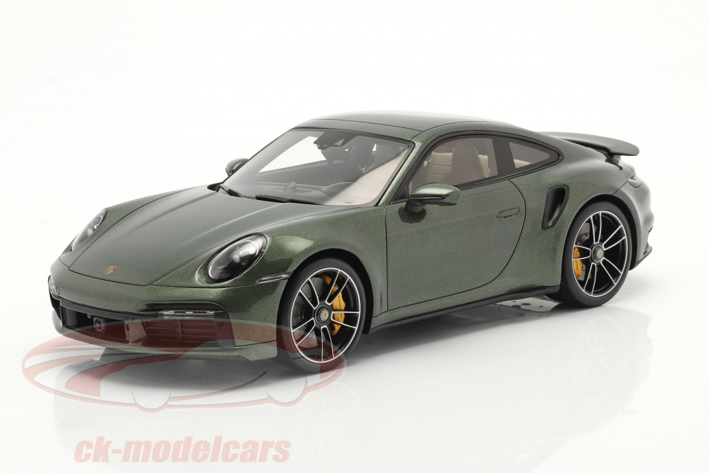spark-1-18-porsche-911-992-turbo-s-ano-de-construccion-2020-roble-verde-metalico-con-escaparate-wap02117c0l002/