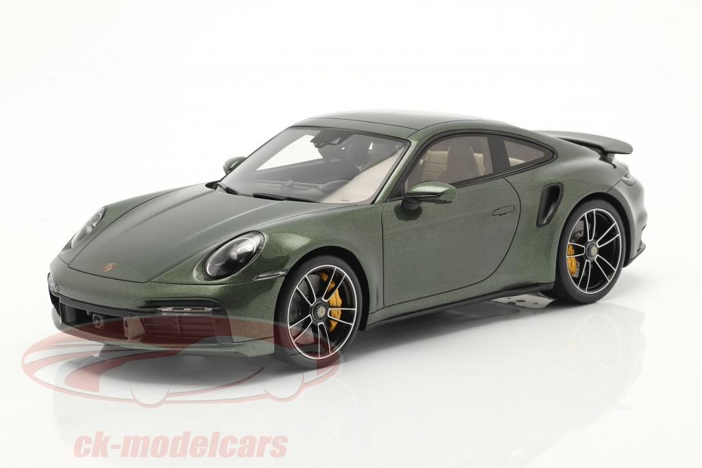 spark-1-18-porsche-911-992-turbo-s-baujahr-2020-oak-gruen-metallic-mit-vitrine-wap02117c0l002/