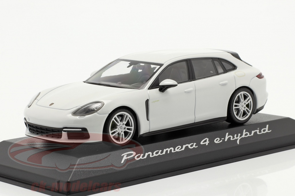 minichamps-1-43-porsche-panamera-4-e-hybrid-white-wap0207620h/