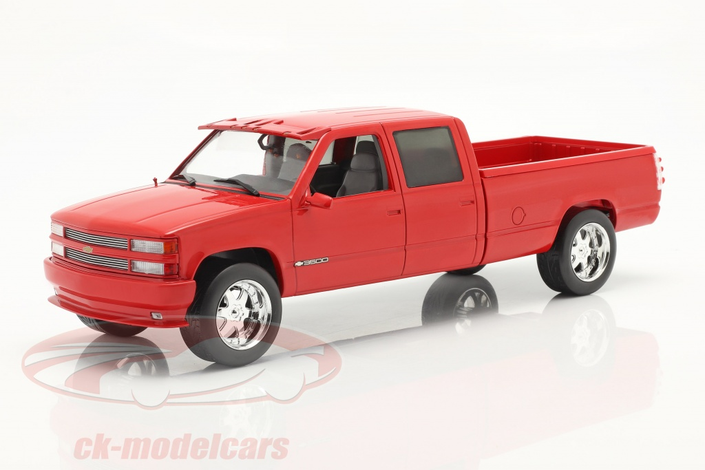 greenlight-1-18-chevrolet-3500-crew-cab-silverado-pickup-1997-red-19073/