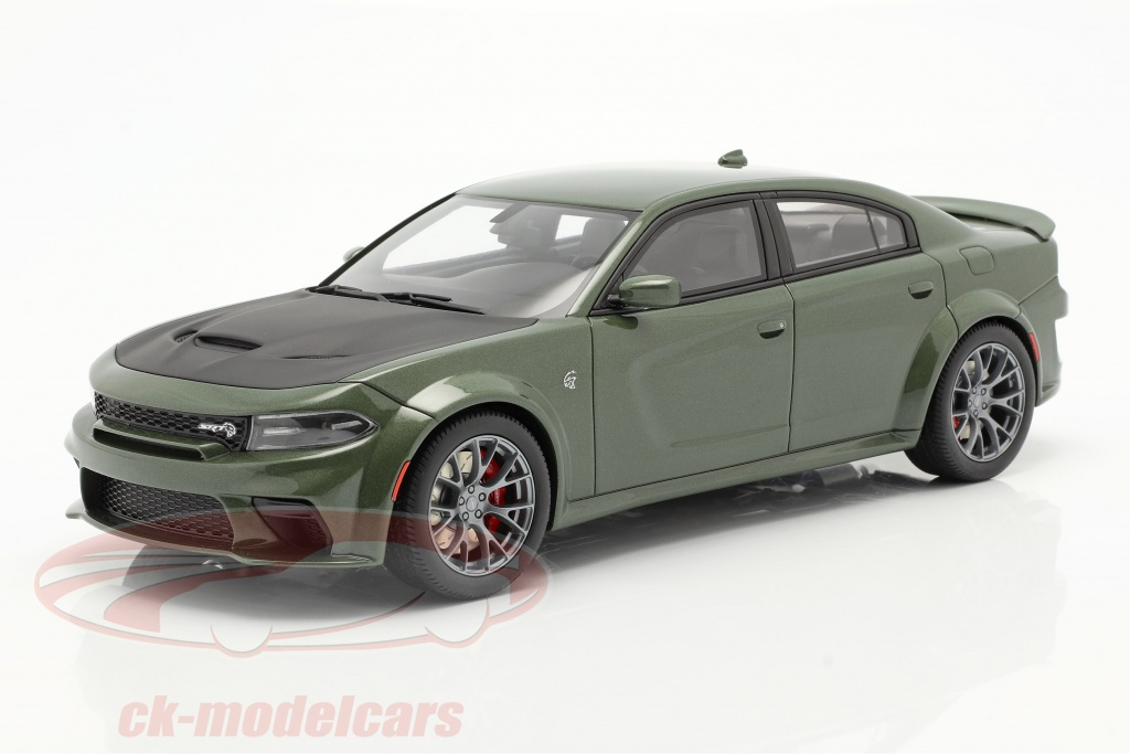gt-spirit-1-18-dodge-charger-srt-hellcat-widebody-baujahr-2020-gruen-metallic-gt303/