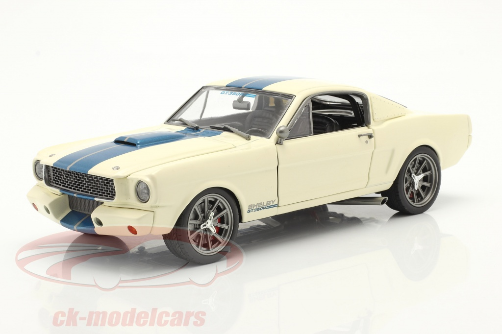 gmp-1-18-ford-mustang-shelby-gt-350r-street-fighter-1965-weiss-blau-a1801841sf/