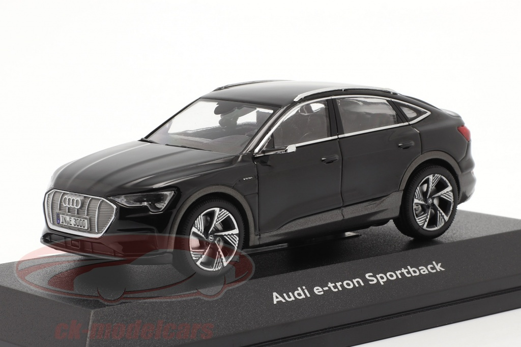 iscale-1-43-audi-e-tron-sportback-bygger-2020-sort-4300127/