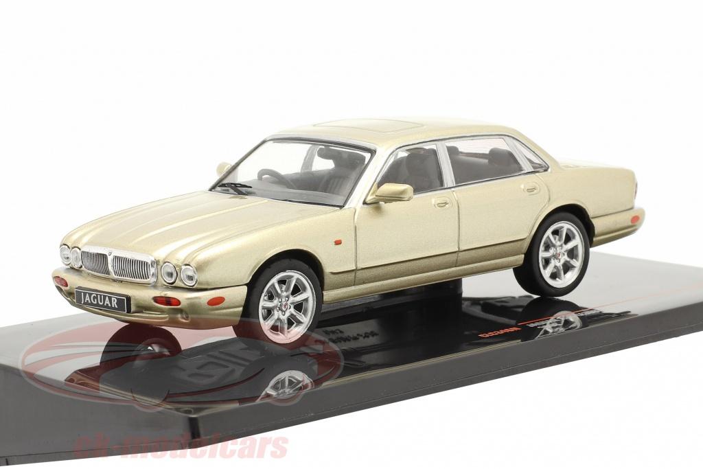 ixo-1-43-jaguar-xj8-x308-bygger-1998-guld-metallisk-clc346n/