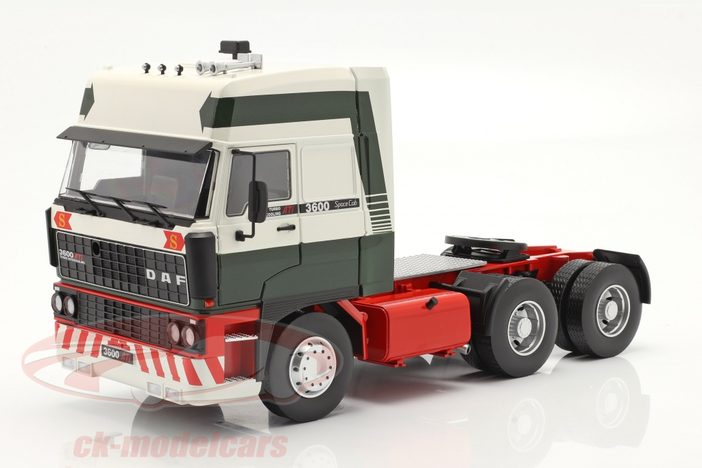road-kings-1-18-daf-3600-spacecab-un-camion-annee-de-construction-1986-vert-fonce-blanc-rouge-rk180092/