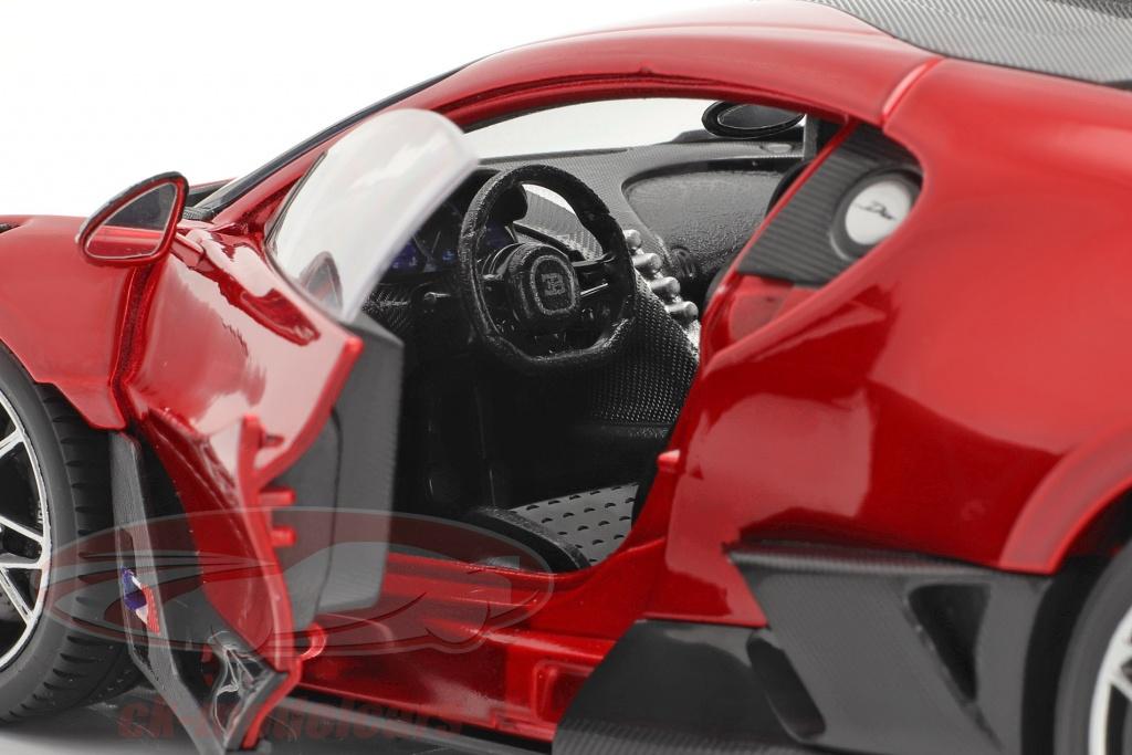 Bburago 1 18 Bugatti Divo Year 2018 Red Black 18 11045r Model Car 18 11045r 4893993002641