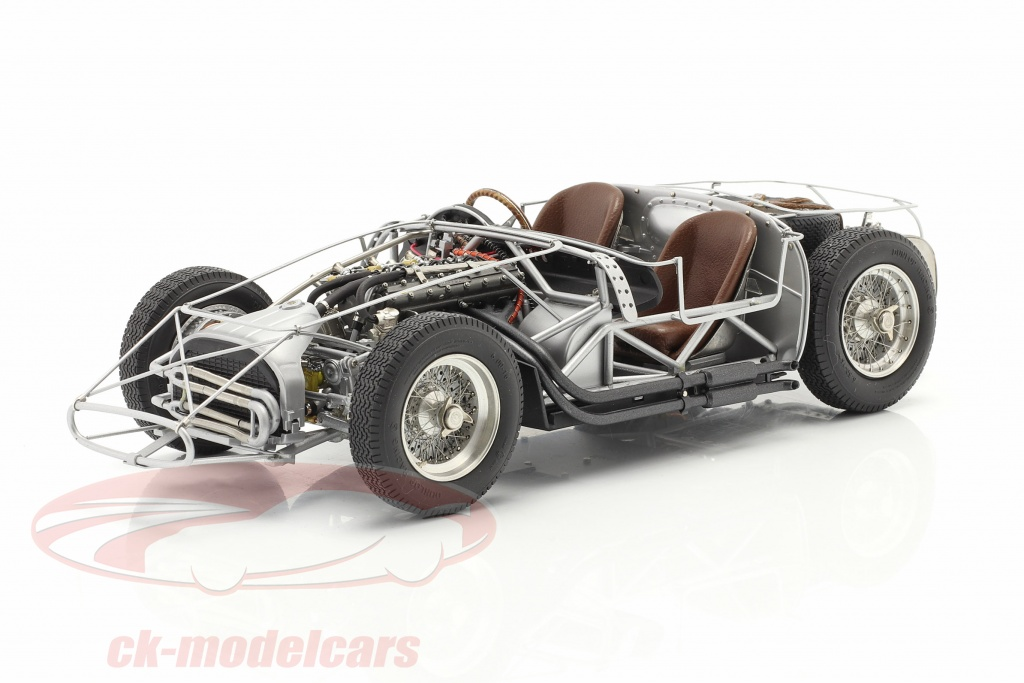 cmc-1-18-maserati-300s-24h-lemans-1956-rollende-chassis-m-109/