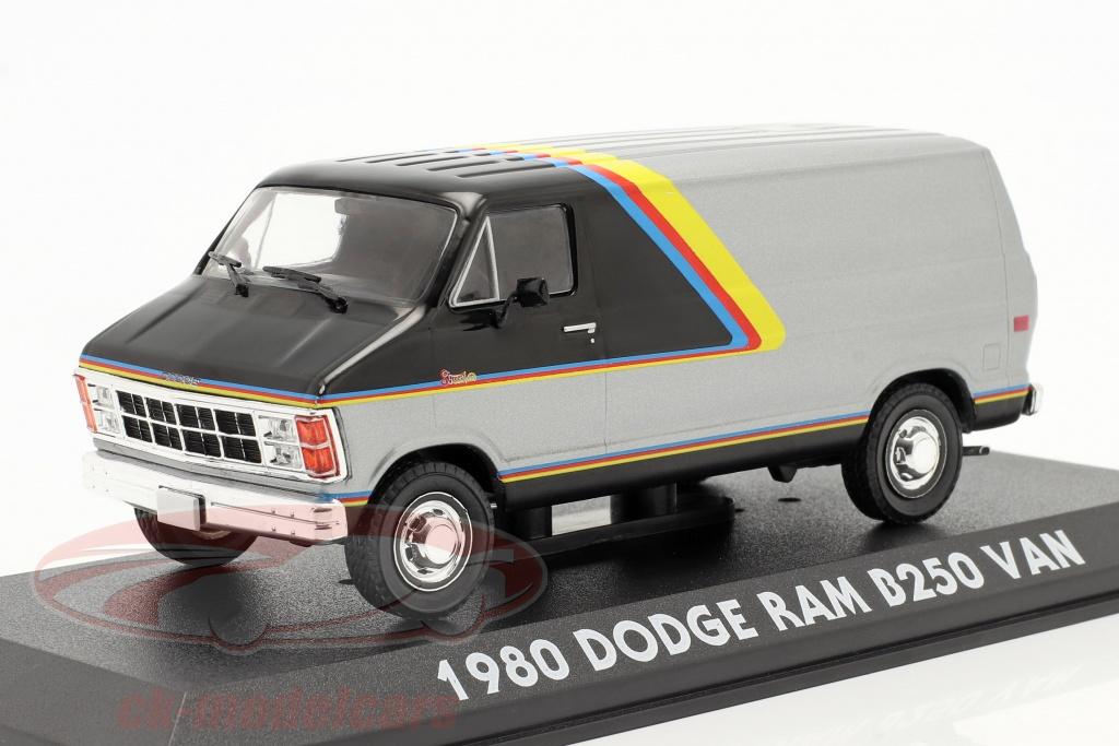 greenlight-1-43-dodge-ram-b250-van-anno-di-costruzione-1980-argento-nero-con-strisce-86600/
