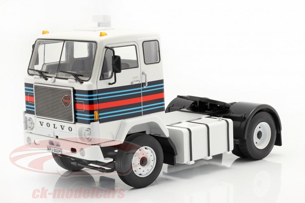 road-kings-1-18-volvo-f88-vrachtwagen-martini-racing-team-1975-wit-blauw-rood-rk180065/