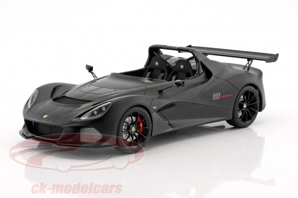 autoart-1-18-lotus-3-eleven-estera-negro-con-brillo-acentos-75391/